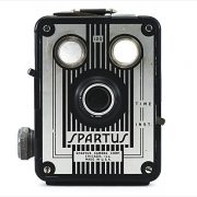 Spartus Box 120 (front view)