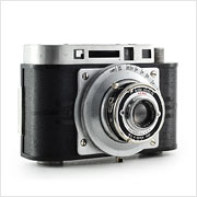 Read about the Acro Model R camera on Vintage Camera Lab