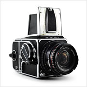 Read about the Hasselblad 500 C/M camera on Vintage Camera Lab