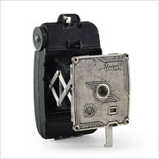Read about the Univex Model AF-4 camera on Vintage Camera Lab