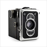 Read about the Zeiss Ikon Box Tengor (56/2) camera on Vintage Camera Lab