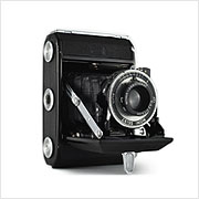 Read about the Zeiss Ikon Ikonta A (521) camera on Vintage Camera Lab