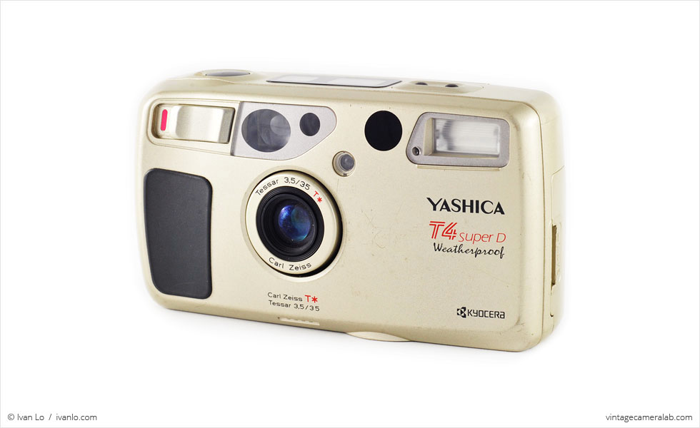 Yashica T4 Super D (three quarters, open)