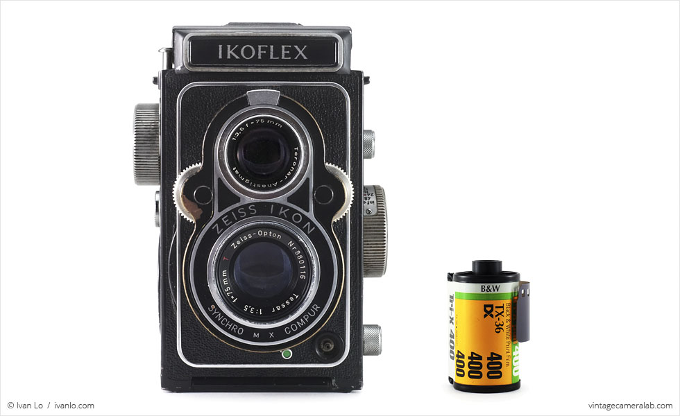 Zeiss Ikon Ikoflex IIa (with 35mm cassette for scale)